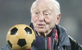 1922. február 22-én született Illovszky Rudolf