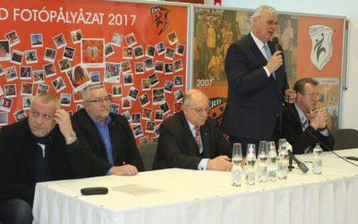 Hegedüs Csaba: Mi annak idején kőbaltával csináltuk a szputnyikot