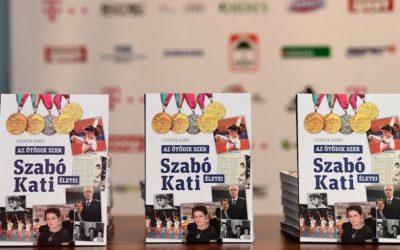 Bemutatták Szabó Katalin négyszeres olimpiai bajnok tornász életregényét